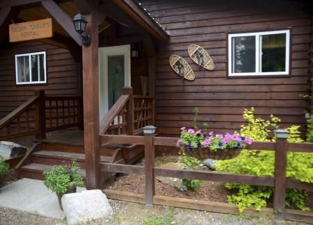 Private Cedar Chalet