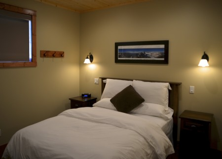 Cozy bedrooms with queen beds
