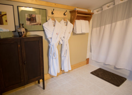 golden bc cabins with full private bathroom