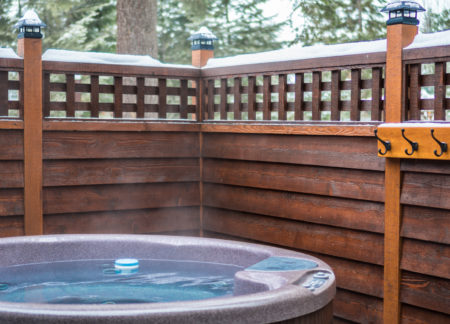 hot tub at cabins in golden bc