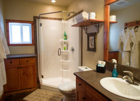 Bathroom in cozy cabins in golden bc